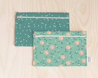 Reusable snack bags // waterproof snack bags // zipped snack bags
