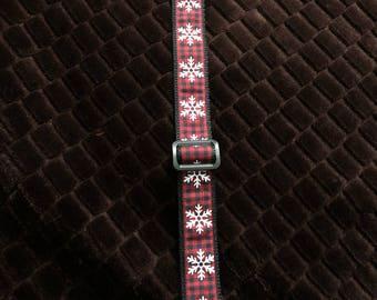 Checkered Snowflake Collar