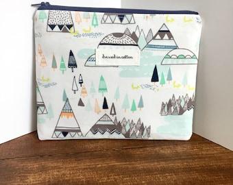 Mountains Tee Pee Zipper Bag with Teal Polka Dot Lining, Zipper Pouch, Navy Zipper