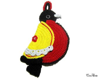 Yellow and Red crochet bird potholder, presina uncinetto rossa e gialla a forma di uccello