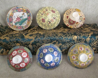 Chinese Mun Shou Lovgevity 5 Lids and 1 Wall Plate with different patterns and size Great Collectibles Very Nice Condition