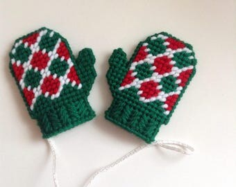 Green Argyle Mitten Ornaments, Plastic Canvas Mini Mittens, Pair Of Mittens Ornaments