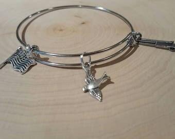 Dove hunting bangle bracelet