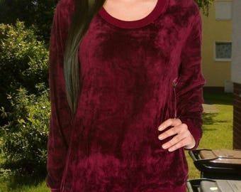 Temptation sweater Burgundy Velvet