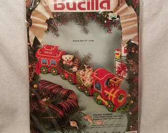 CHRISTMAS CROSS STICH Bucilla Holiday Express #61145 Table Décor 1991 Collectible Mid Century Vintage Retro