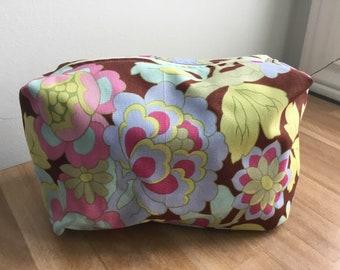 Travel / Accessory / Make-up Bag - Floral