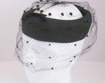 1950's Black Pill Box Hat Velvet Bow Polka Dot Netting Veil