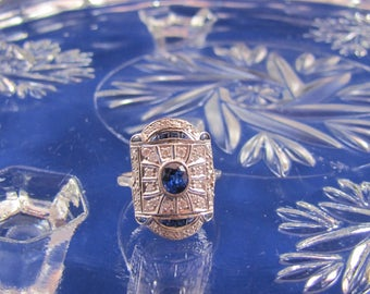 Estate Vintage Art Deco Sapphire and Diamond 18K White Gold Ring
