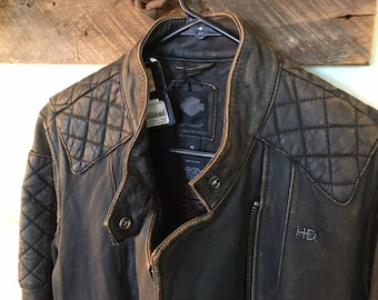 Harley Davidson Exclusive Edition Jacket , beautiful style , size XL , slim fit , distressed look
