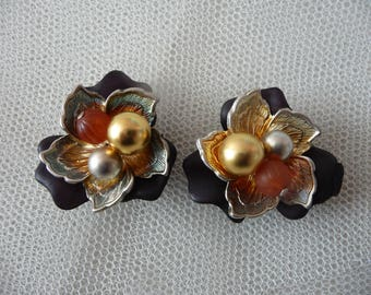 Set of 2 charms CABOCHONS shape flower, black, silver, gold - stick