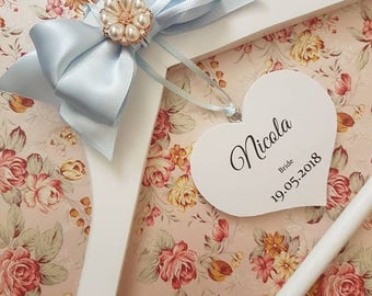 Bridesmaid Hanger in Rose Gold, Personalised Heart for Bride, Maid of Honour Bridesmaid, Flowergirl, Wedding Hanger, Personalised Hanger,