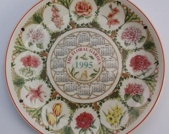 A 1995 Wedgwood Collectible Plate - Country Garden, Decorative Plate,Gift idea