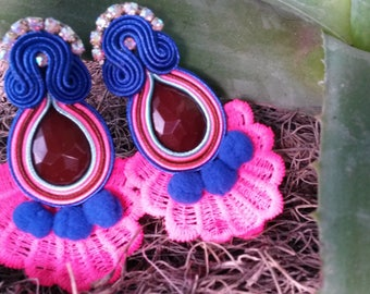 Soutache earrings with torchon