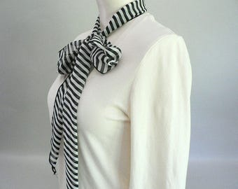 Women Black and White Stripe Long Narrow Scarf