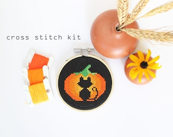 Spooky Cat - Modern DIY cross stitch kit - Beginners cross stitch kit