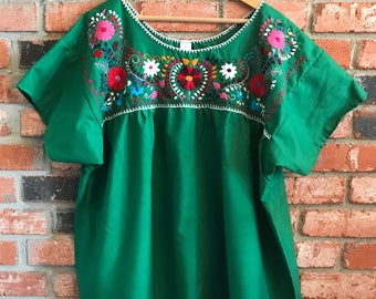 Embroidered Mexican Blouse - XL Green