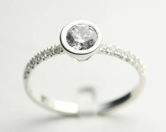 Round Diamond Ring, Minimalist Engagement Ring, Diamond Engagement Ring, Engagement Ring, Engagement Rings, Solitaire Ring, Women Ring,