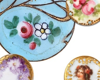 A pack of vintage brooches style pattern weights Ideal weight to  fabric down