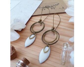 SON ▷ earrings, white bronze ring & petal!