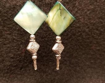 Hanging green shell diamonds