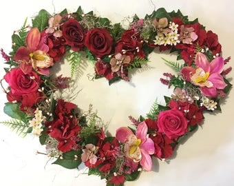 Ready to ship! Valentines heart, wedding gift, i love you gift, mothersday gift, heart wreath