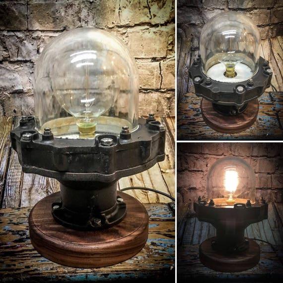 Heavy Duty Vintage Explosion proof bulk head light