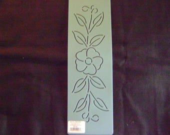 Traditional Quilting Stencil 3 in. by 8 in. Wild Rose Vine Border