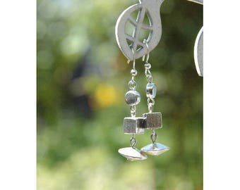 Earrings geometric beads
