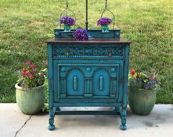 SOLD!! Boho Chic Farmhouse Eclectic Console Table China Hutch