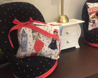"""Set Of French Diva Chairs For 18"""" American Girl Dolls"""