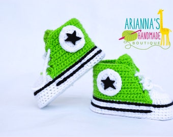 Baby converse / Crochet baby shoes / Crochet baby converse / Converse shoes / Crochet baby sneakers / Baby shower gift / Crib shoes