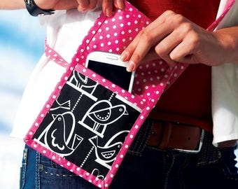 Sewing Pattern for Phone Purse, Rewards Card Wallets and Coupon Clutches, McCall Fashion Accessories, McCalls Pattern 6768, DIY Wallets