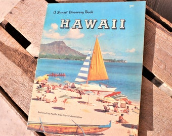 Vintage Sunset Discovery Hawaii First Addition Book