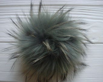 Luxury detachable real fur pom pom made from genuine racoon fur for knitted hat, scarf or hood