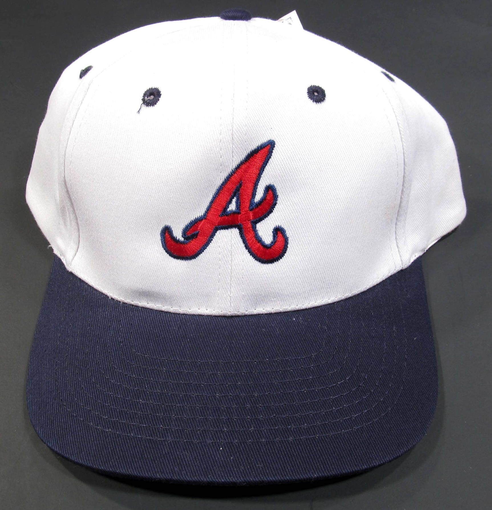 a7449fbe8a83a ... sale deadstock 1990s atlanta braves snapback baseball hat vintage new  with tags snap back db4f0 27d28