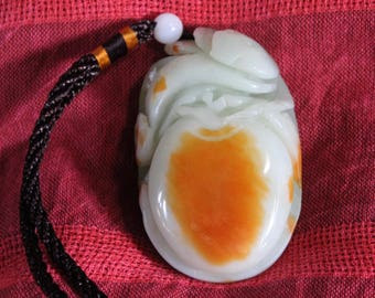 Chinese Jade Hand Play Piece-Peach and Ganoderma shape