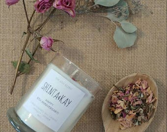 BOTANICAL// Dry Rose Petals Soy Candle