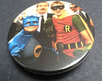 Only Fools and Horses badge or fridge magnet - 38 mm - Del Boy - Rodney - Batman Robin - Retro TV - Pin back button