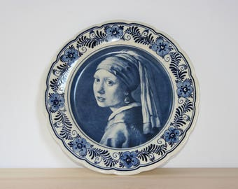 Delft Blue wall plate Girl with the pearl earring rembrandt