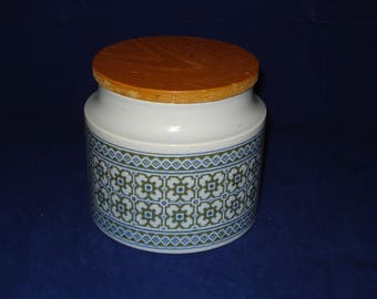 Hornsea jar tapestry design