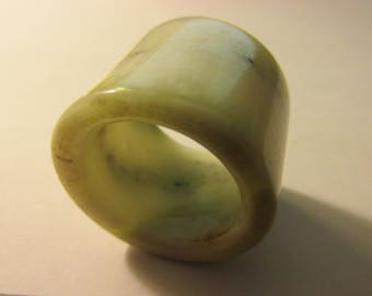 Chinese White Jade with Grayish Green Veins Archer Thumb Ring Pendant, 24mm