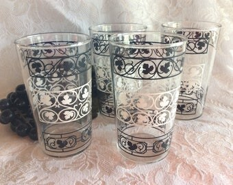 Vintage 4 Retro water juice or milk tumblers black and white leaves design