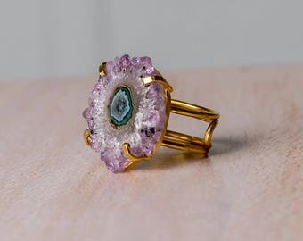 Beautiful stalactites ring