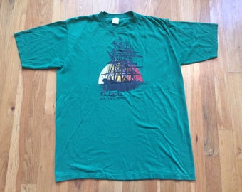 Vintage 70's St. Croix tshirt size L 42-44 1978 U.S. Virgin Islands green Sportswear made in USA R. Taylor island beach ship boat sunset