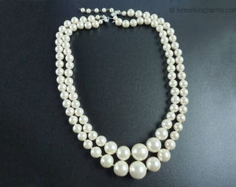 Vintage Japan Faux Pearl Necklace, Jewelry 1950s Mid-century, White Beaded, Double Strand Multistrand, Classic, En Esclavage