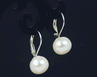 9mm Freshwater White Pearl 925 Sterling Silver Leverback Earrings E123