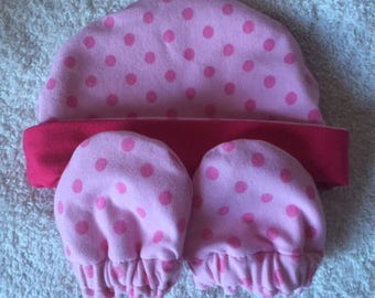 Set hat and matching mittens size newborn - 1 month
