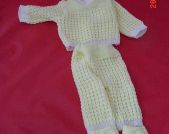 Knitted Yellow Suit for 17in Babydolls, Very Good Cond