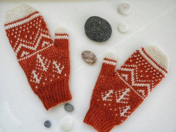 Winter Mountain Mittens