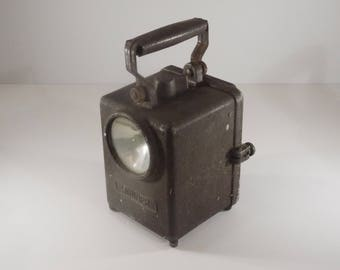 french WONDER type Agral Industrial Railway Lamp, Vintage Collectors Railroad Handheld Lantern Circa 1960